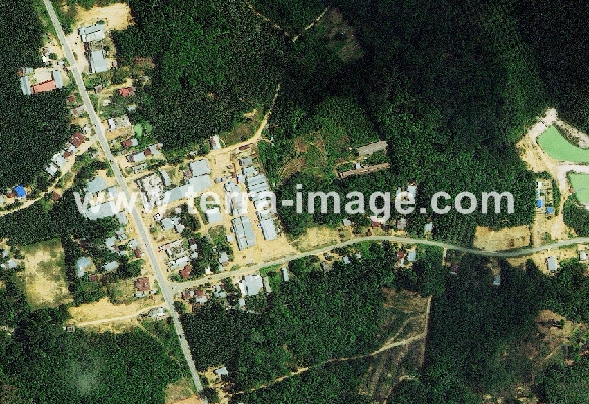 16 WorldView-2 Natural Pelelawan foto satelit
