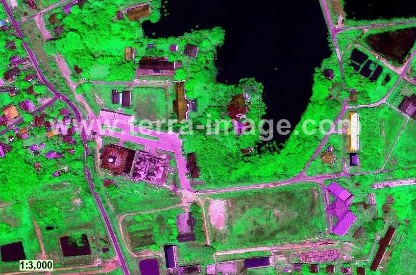 01 GeoEye-1 Green teritip citra satelit